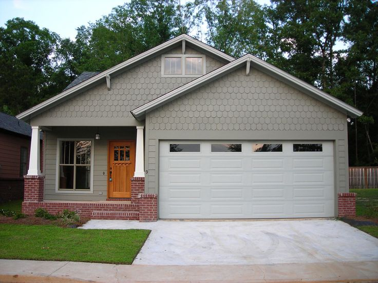 Best 25 garage with apartment ideas on pinterest for Small house plans with character