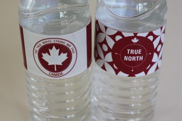 Free Canada Day party printable water bottle labels.