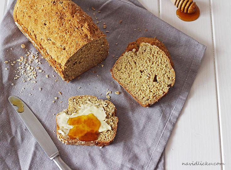 Na vidličku: Celozrnný chléb s ovesnými vločkami