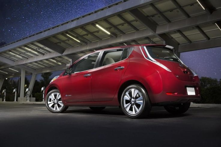 2016 Nissan LEAF Sees All-Electric Range Improve To 107 Miles - Without changing its dimensions the 2016 battery jumps from 24 to 30 kwh's.