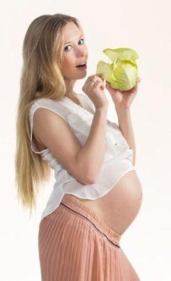 Voedsel om te eten wanneer je zwanger bent.Het handhaven van een gezonde voeding tijdens de zwangerschap is erg belangrijk.voedsel eten zwanger  Gedurende deze tijd, heeft je lichaam  aanvullende voedingstoffen nodig, vitaminen en mineralen.