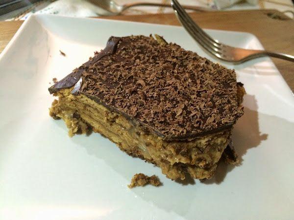 Paste, de galletas, crema y chocolate