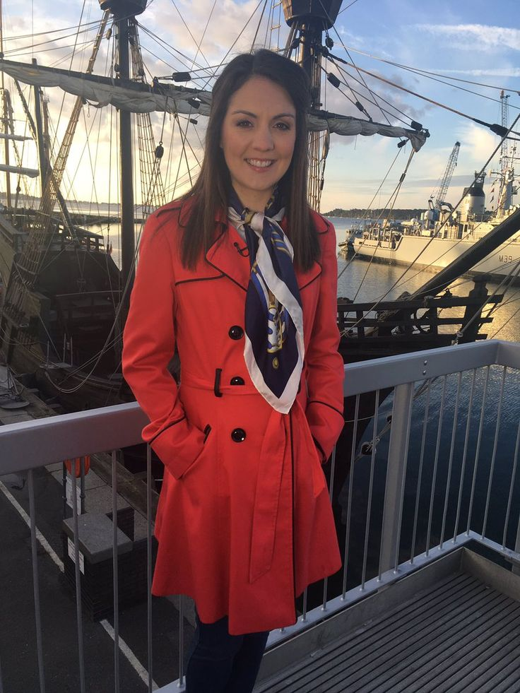 Media Tweets by Debbie Harper (@DebbieDresses) on Twitter - .@GMB #lovelylaura wearing @Primark coat @Joulesclothing scarf! #friday #nautical! 💙💙