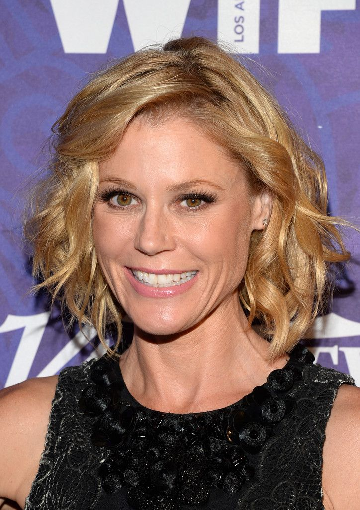 Julie Bowen finished off her look with a cute curled-out bob when she attended the Variety and Women in Film Emmy nominee celebration.