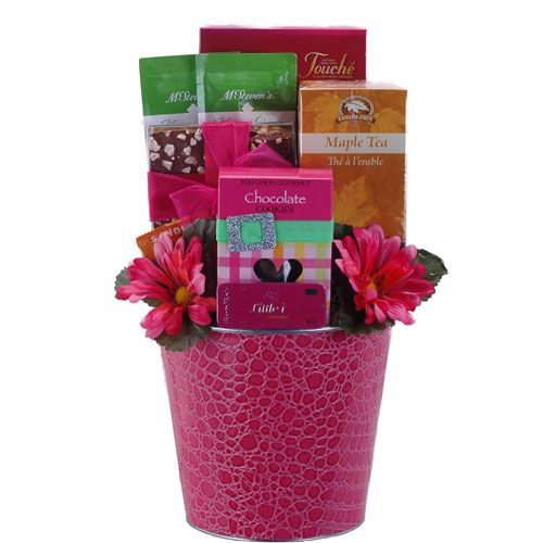 Is your Mom fierce and fabulous? Send her this great Mother's Day Gift Basket that will be sure to make her day!
