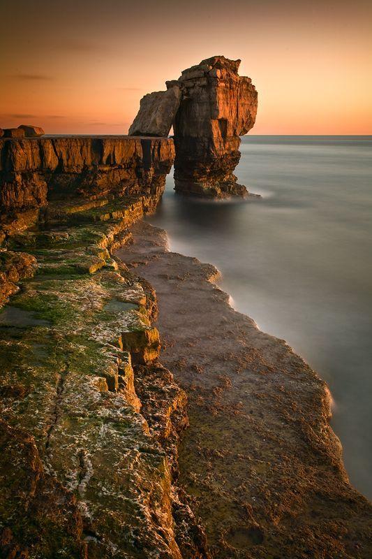 England Travel Inspiration - Pulpit Rock - Dorset, England