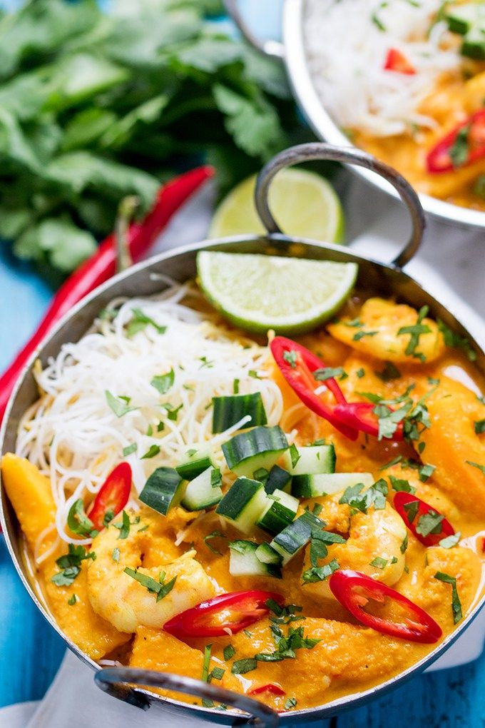 This Prawn and Mango Curry Noodle Bowl is fresh, fragrant and spicy (gluten free)