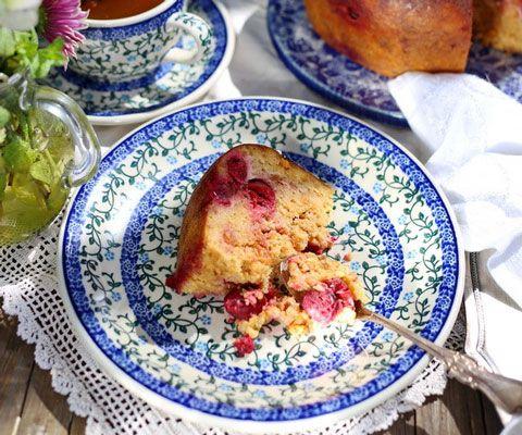 Не съели куличи? 2 рецепта: десерт с заварным кремом и пудинг с вишней. Крем для кулича