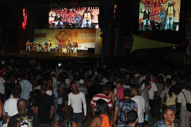 La gente gozando ¡Arde el Petronio!  Miltón Ramírez/MinCultura 2012