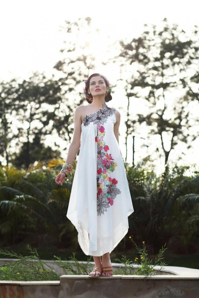 Pareesa Lawn Collection 2013 By Chen One | Latest Fashion Trends