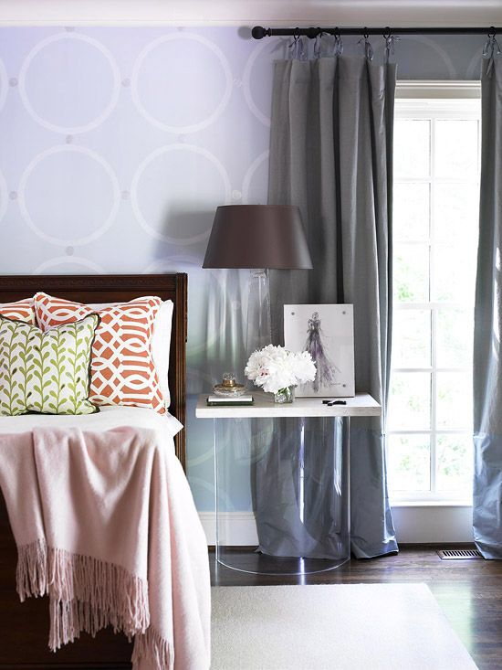 BedsideBedrooms Colors Schemes, Entry Tables, Side Tables, Bedrooms Design, Colors Bedrooms, Design Bedrooms, Windows Treatments, Purple Bedrooms, Bedrooms Decor