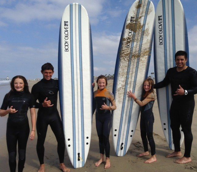 Surf City USA: Finding the Hollister web cam and learning to surf!
