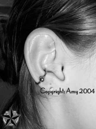 27 best images about piercings on pinterest industrial bars daith piercing and black opal. Black Bedroom Furniture Sets. Home Design Ideas