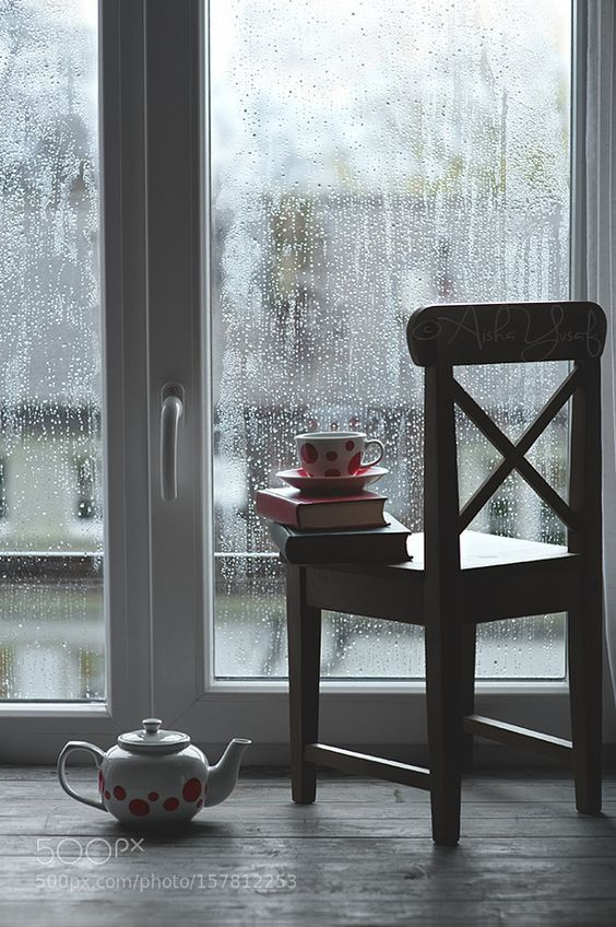 Shh... listen to the rain | Hot Chocolate on a Cold Day