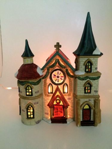 Dickens-Collectibles-1995-Victorian-Series-Porcelain-Lighted-Christmas-Church