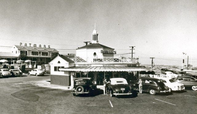 Patmar's Motel & Cafe & Cocktail Lounge, El Segundo, California, circa early 1950s