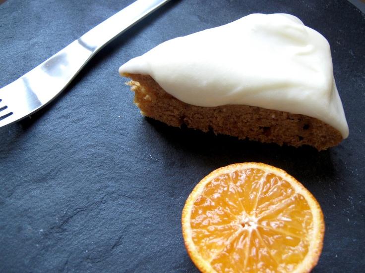 Herlig kake med mandarin, ingefær og kanel og en wunderbar kremostfrosting.   CSANGOLICIOUS