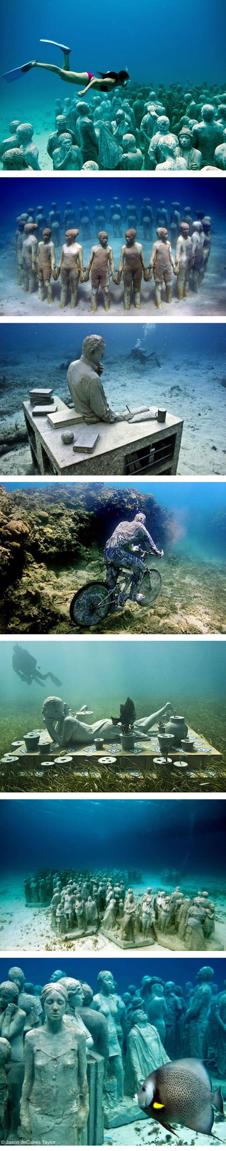 Diving at the Underwater museum in Cancun, Mexico