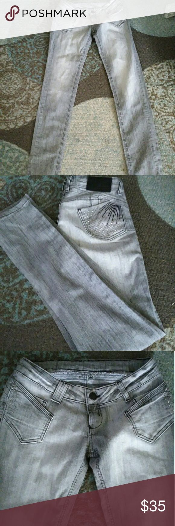 Sawary jeans Hello.. These are a pair of size 40 in Brazil low rise.. They r super cute n fun...I'm open  to offers on all jeans sawary Jeans Skinny