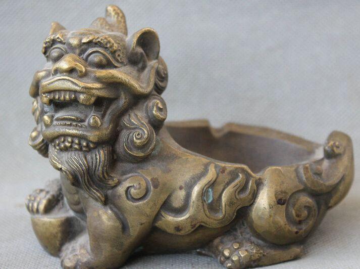 Zhang @ @ 533 + + vieille dynastie chinoise palais Bronze Fu Foo chien Lion bête licorne YuanBao cendrier(China (Mainland))