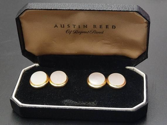 Check Out This Item In My Etsy Shop Https Www Etsy Com Uk Listing 665230410 Austin Reed Oval Mother Of Pearl Austin Reed Pearl Cufflinks Mother Pearl