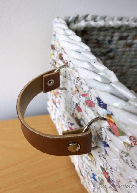 fül koszyk z papierowej wikliny i skórzanymi uchwytami, wicker paper, recycling belt