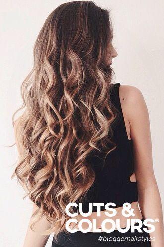 Krullend haar heeft nu eenmaal een gebruiksaanwijzing. Maar no worries, bij Cuts & Colours krijg je een deskundig advies! Curly Hair rules..