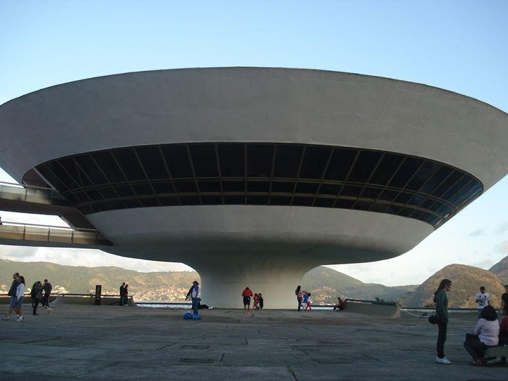 Museo de Arte contemporáneo - NIteroi