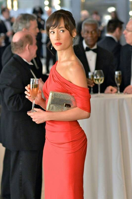 Maggie q nikita red dress kate