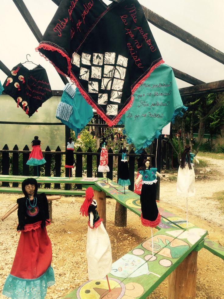 "Muestra arte textil ""Más palabra"" CIDECI San Cristóbal de las Casas Chiapas, México 2016. #maspalabra #artetextil #ceciliadakini"