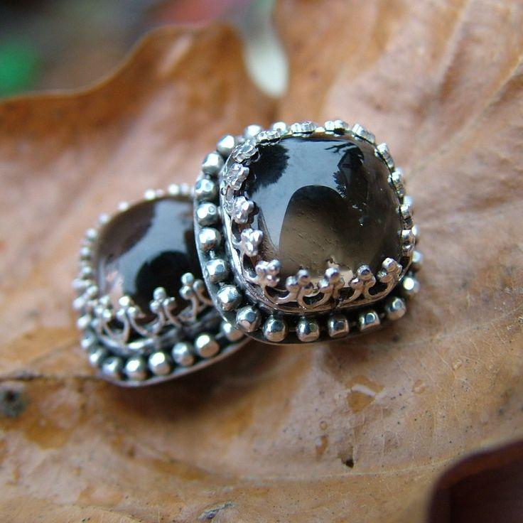 kameny - záhnědy mají 10mm v průměru