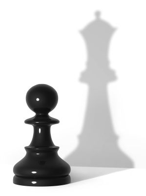 Esto representa mi personaje porque tenía una de las piezas de ajedrez que necesitaban los chicos