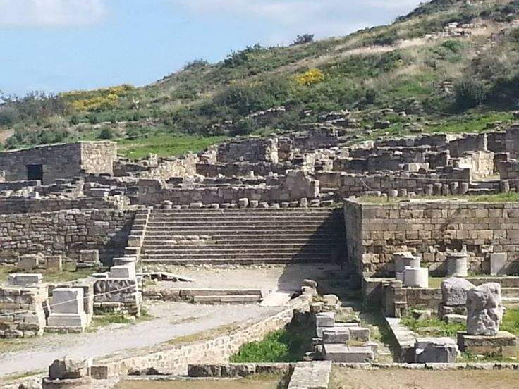 Come and read some information on Prehistory In Rhodes Greece