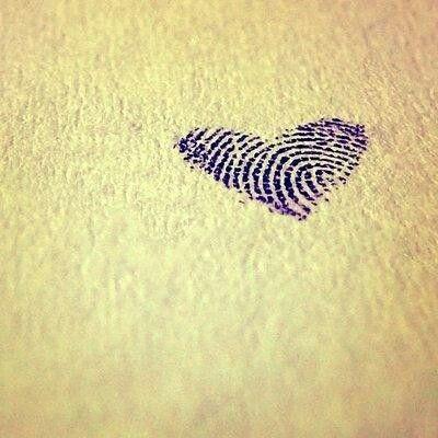 thumb prints