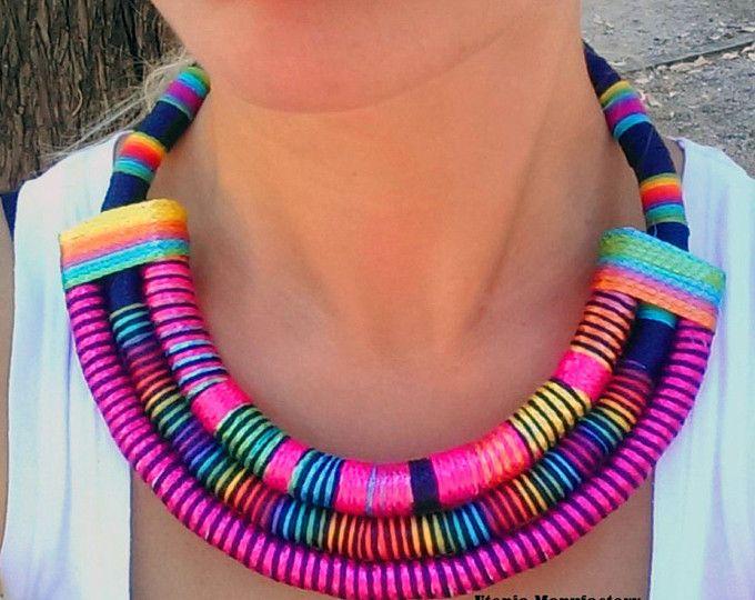 Sade Multi africano collar / collar de la declaración de tela, joyas africanas, joyería de tela, Massai