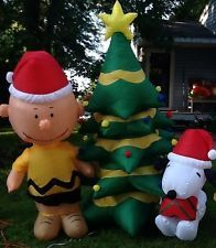 Christmas Airblown Inflatable Peanuts Charlie Brown & Snoopy With Christmas Tree
