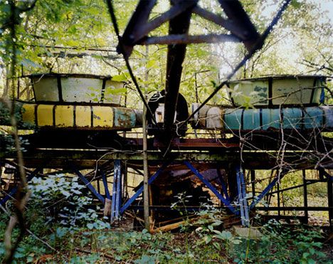 12 Abandoned Theme Parks, Theaters, Schools