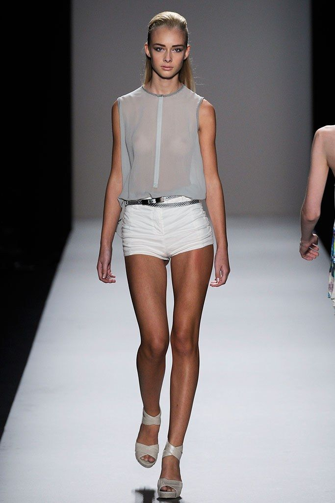 Nicole Miller Spring 2010 Ready to Wear Collection Photos   Vogue