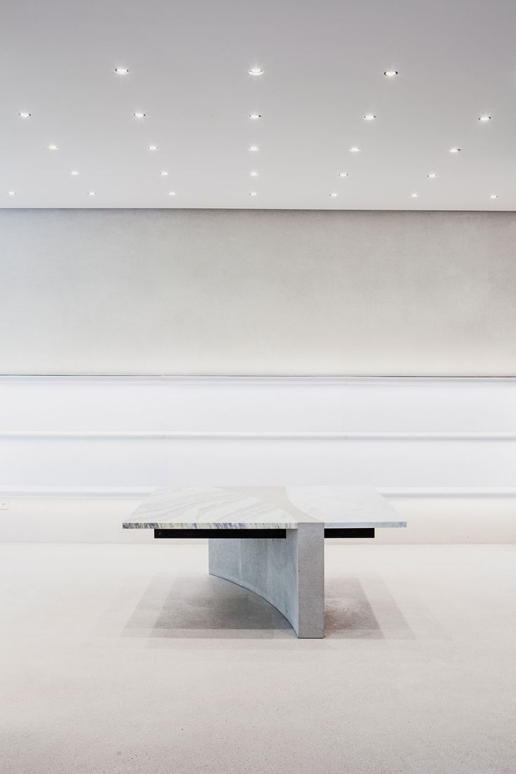 Jil Sander's New Berlin Store by Andrea Tognon Architecture | Yellowtrace