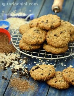 If  you always considered choco chip cookies to be a sinful indulgence, and have been especially wary of it now to avoid unwarranted weight gain during pregnancy, then here is a delightful guilt-free recipe that you can enjoy once in a while! With loads of protein and fibre, this delicious, soft and chewy Chocolate Chip and Oatmeal Cookie pampers your palate while averting the harm of fat-laden maida based cookies. Having it with a glass of warm milk will soothe you and make you feel much…