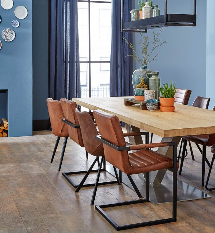 Combine the colour 2017 Denim Drift with brown leather chairs