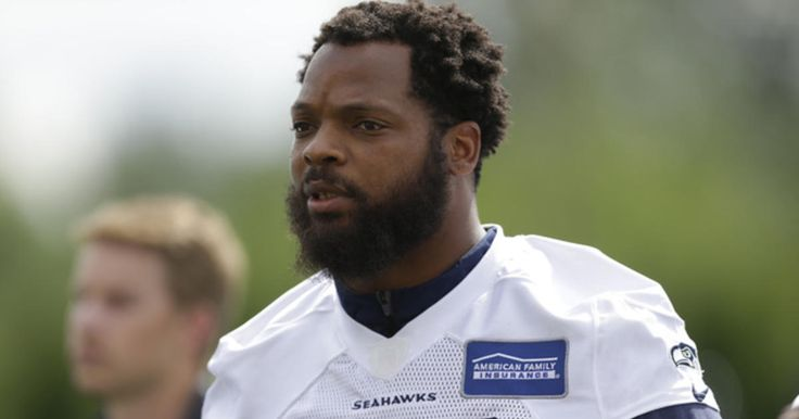 Packers tight end Martellus Bennett talks about his relationship with his brother, Seahawks defensive end Michael Bennett