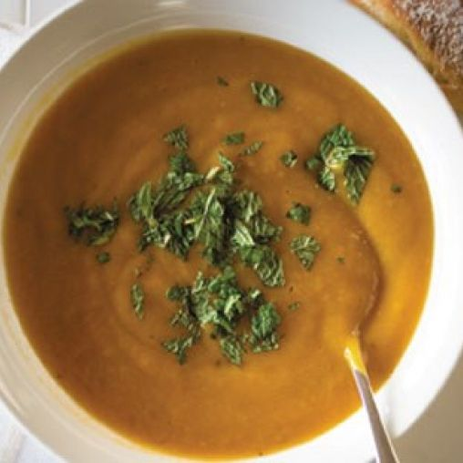 Slow cooker spicy carrot and pumpkin soup