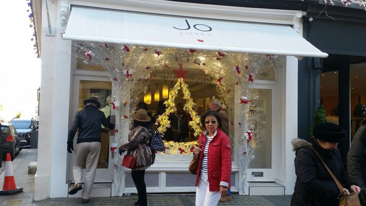 My own little pilgrimage to the Jo Loves store. Such a wonderful experience.......and yes I did treat myself!
