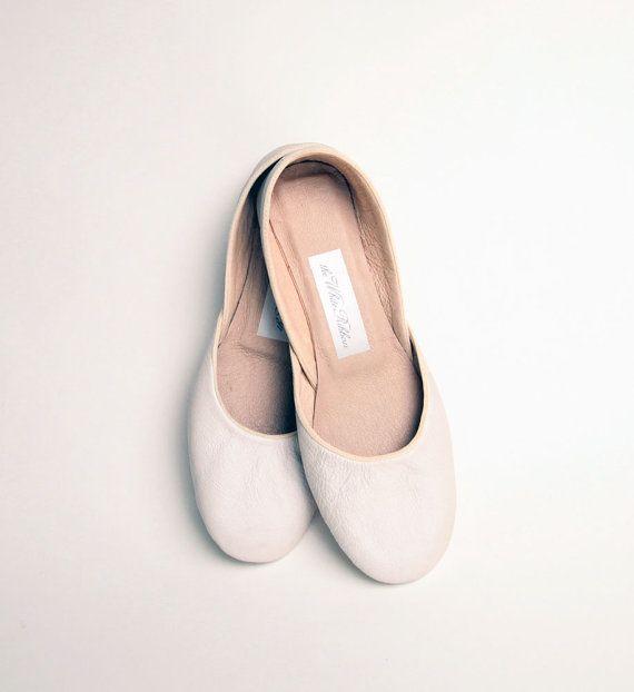 NEW Soft Leather Ballet Flats Ivory Narrow by thewhiteribbon, $65.00Flats Sz, Flats Ivory, Loovve Flats, Ballet Flats