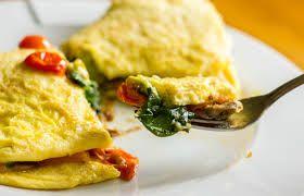 Sabah kahvaltılarınız için renkli ve lezzetli bir tarif Domatesli Soğanlı Omlet  http://www.mutfaknotlari.com/domatesli-soganli-omlet-tarifi.html
