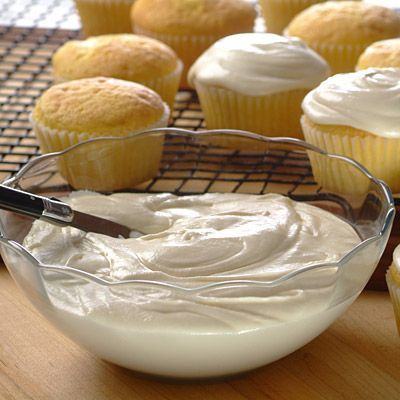 Creamy Frosting. 6 tbsp butter softened, 5 1/4 cups sifted powdered sugar, 1/2 cup Evaporated Milk, 1 1/2 tsp vanilla extract. Beat butter and powdered sugar in large mixer bowl until creamy. Add evaporated milk and vanilla extract; mix until smooth.