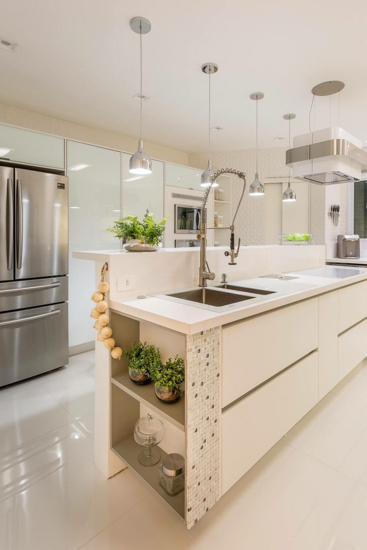 Kitchen Designs, Kitchen Ideas, Nice Kitchen, Casa Linda, Lazer,  Invitation, Modern Kitchens, Small Kitchens, Kitchen Sinks