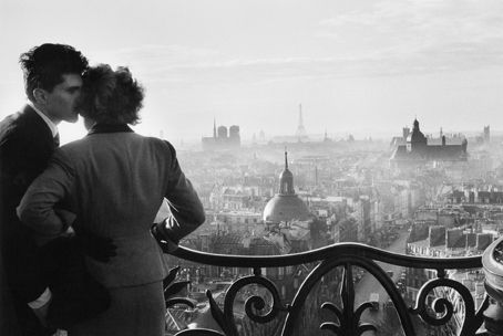 Willy Ronis Les amoureux de la Bastille, Paris, 1957