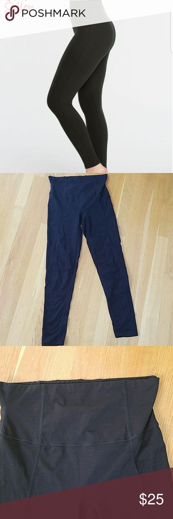 Spanx leggings size large EUC spanx Pants Leggings